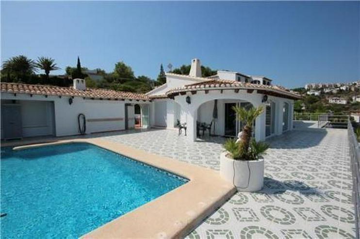 Bild 2: Luxusvilla mit 2 Wohneinheiten, Pool und traumhaftem Meerblick