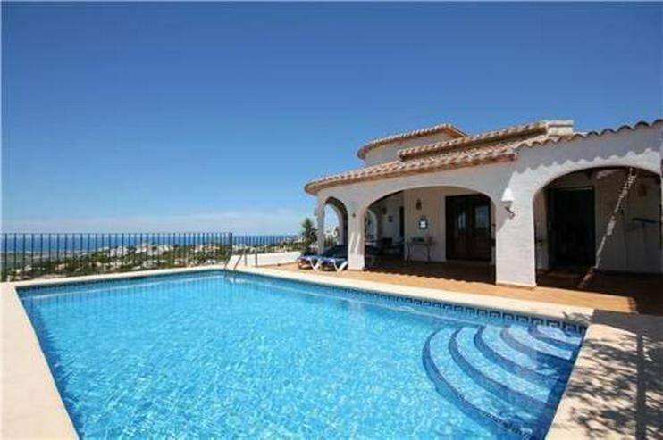 Großzügige Villa mit separatem Appartement und traumhaftem Meerblick