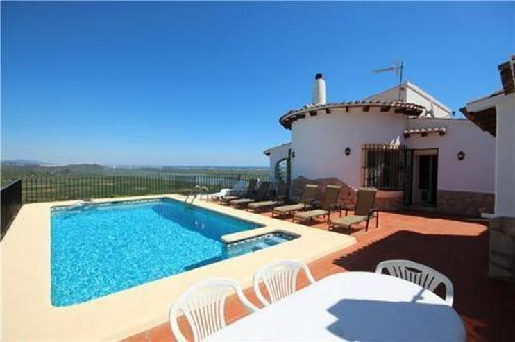 Großzügige Villa mit herrlichem Meerblick, Pool und separatem Gästeapaprtement - Haus kaufen - Bild 1