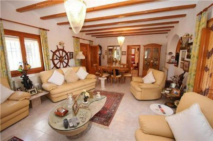 Bild 5: Gemütliche Villa in sonniger Lage mit Pool, Carport und schönem Panoramablick