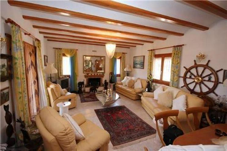 Bild 6: Gemütliche Villa in sonniger Lage mit Pool, Carport und schönem Panoramablick