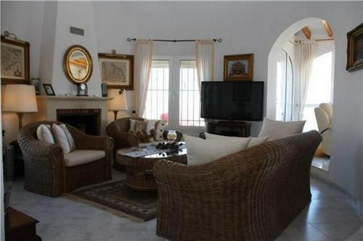 Bild 6: Villa mit wunderschöner Aussicht und großzügiger Gästewohnung