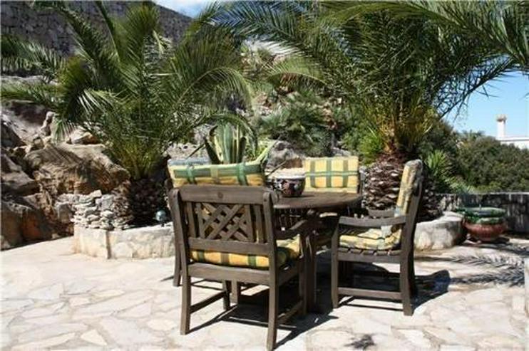 Bild 3: Villa mit wunderschöner Aussicht und großzügiger Gästewohnung
