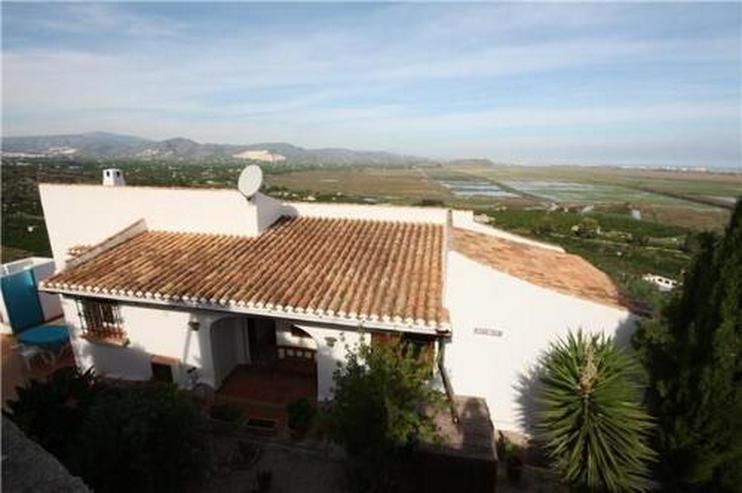 Bild 2: Villa mit Pool in herrlicher Aussichtslage auf dem Monte Pego