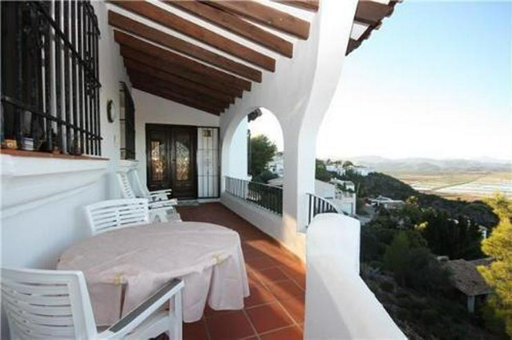 Bild 2: Sehr schön gelegene Villa mit Pool und zwei Wohneinheiten auf dem Monte Pego