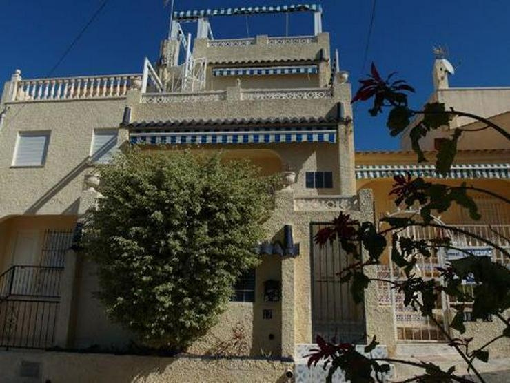 Reihenhaus mit Terrasse, Balkon und Dachterrasse mit sehr schönem Ausblick - Bild 1