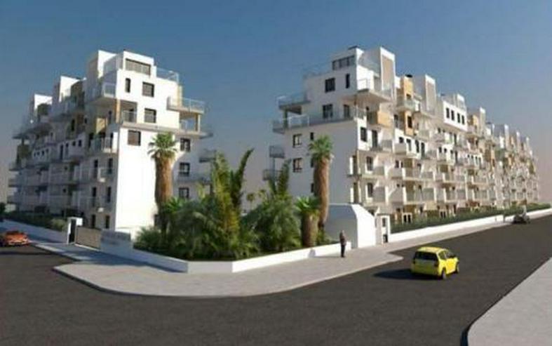 Wunderschöne 4-Schlafzimmer-Appartements mit Meerblick nur 200 m vom Strand