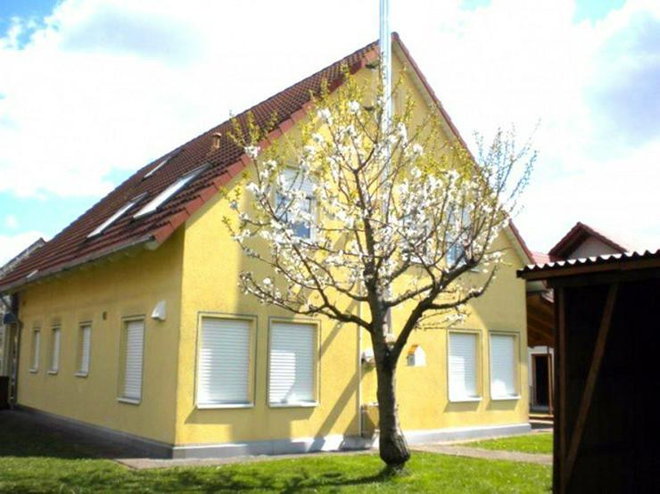 Bild 3: **Elegantes 2 Familienhaus mit Garten in Wertheim Dörlesberg**