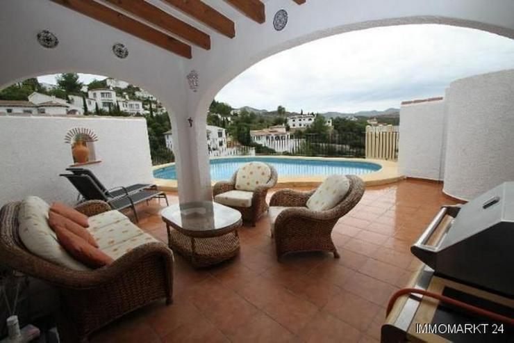 Bild 4: Sehr gepflegte Villa mit Pool und schöner Aussicht auf grossem Grundstück in Monte Pego