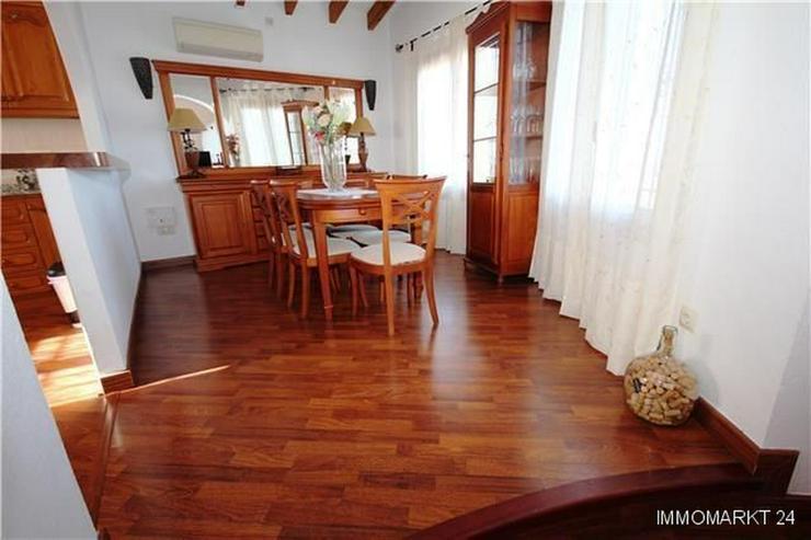Bild 5: Schöne Villa mit herrlichem Blick über die Reisfelder auf das Meer