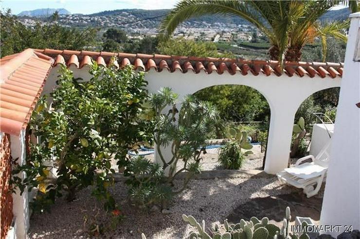 Bild 3: Schöne Villa mit Einliegerwohnung, Pool und Meerblick in ruhiger Lage