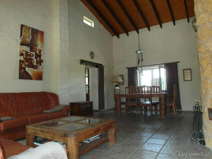 Bild 4: Wunderschöne Landhaus-Villa mit Pool und Gästeappartement