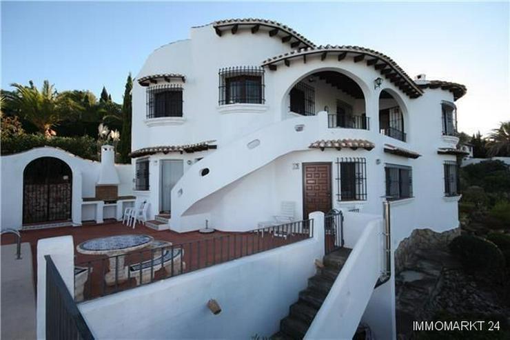 Sehr schön gelegene Villa mit Pool und zwei Wohneinheiten auf dem Monte Pego - Haus kaufen - Bild 1