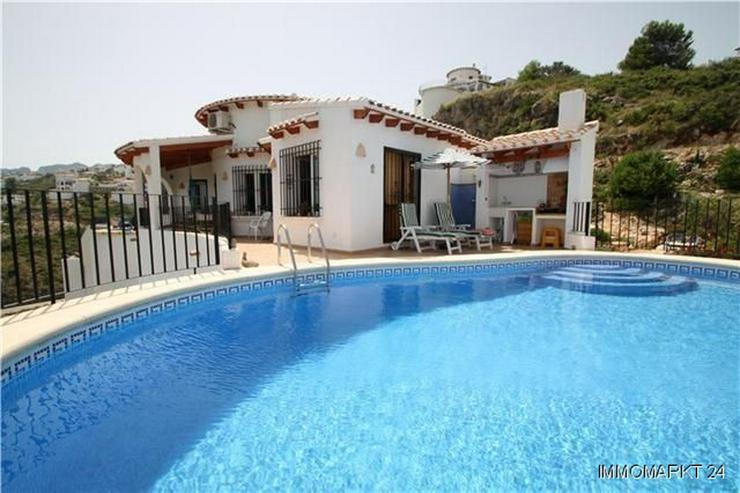 Neuwertige Villa mit herrlichem Meerblick, Pool und weiteren Extras am Monte Pego - Haus kaufen - Bild 1