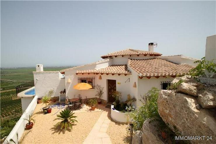 Bild 2: Neuwertige Villa mit herrlichem Meerblick, Pool und weiteren Extras am Monte Pego