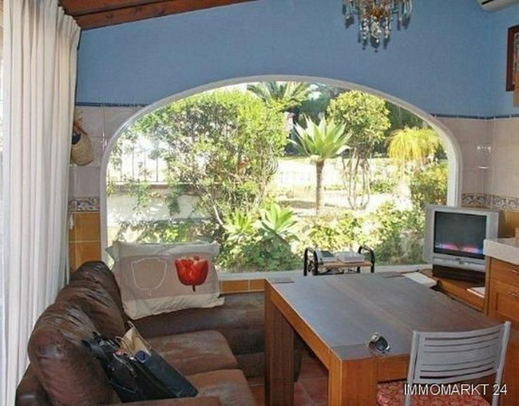 Bild 8: Elegante Villa mit Gästehaus, Pool und Garage
