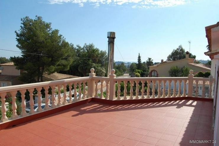 Bild 3: Großzügige Villa mit Pool, Gästeappartement und Garage in San Juan