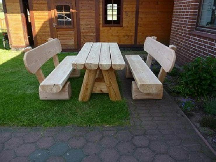Bild 6: Gartenmöbel aus Holz. Sitzgruppe mit Dach.Holz.