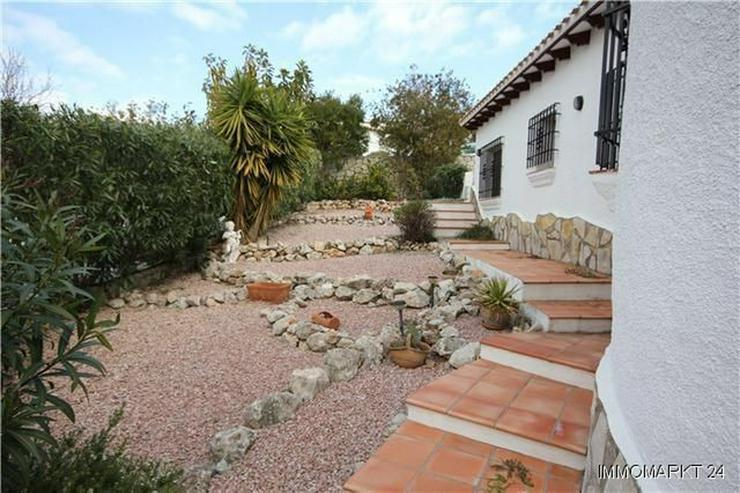 Bild 4: Neuwertige und sehr gepflegte Villa in ruhiger Lage mit schönem Bergblick