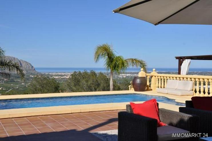 Renovierte Villa mit Pool, Bergblick und spektakulärer Meersicht - Haus kaufen - Bild 1