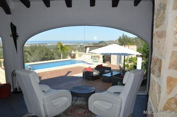 Bild 6: Renovierte Villa mit Pool, Bergblick und spektakulärer Meersicht