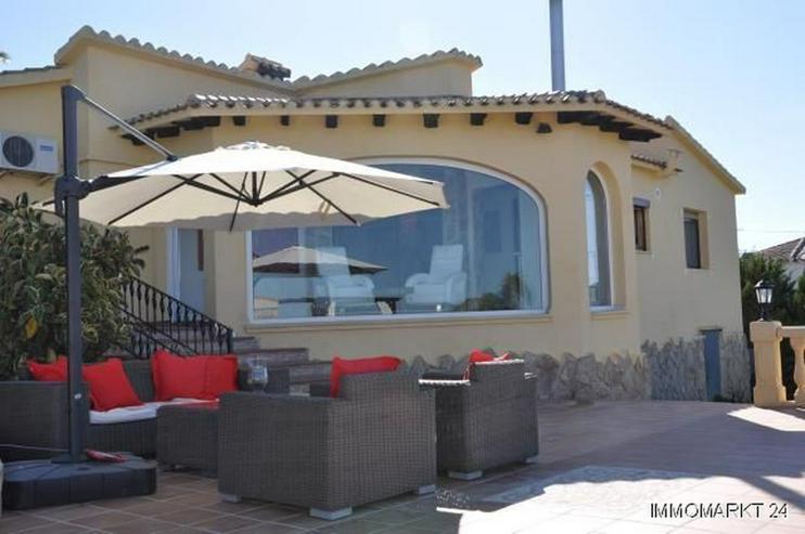 Bild 2: Renovierte Villa mit Pool, Bergblick und spektakulärer Meersicht