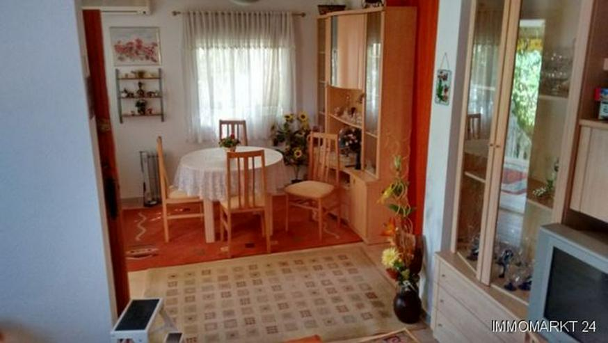 Bild 5: Renovierungsbedürftige Villa mit Wintergarten und Garage