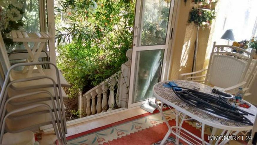 Bild 4: Renovierungsbedürftige Villa mit Wintergarten und Garage