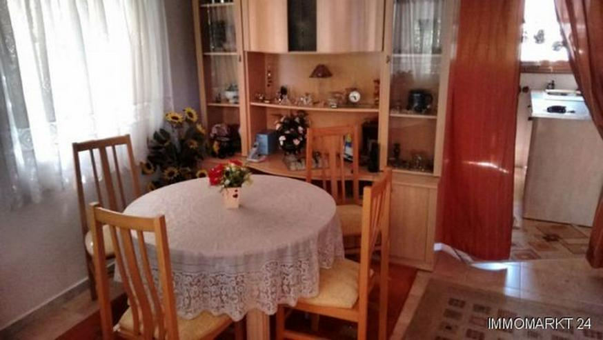 Bild 6: Renovierungsbedürftige Villa mit Wintergarten und Garage