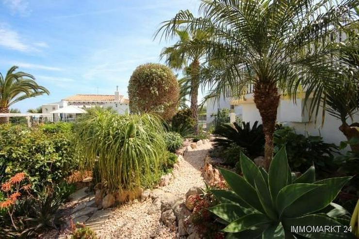 Bild 4: Top gepflegte Villa mit Wintergarten, Carport und Meerblick in sonniger Lage
