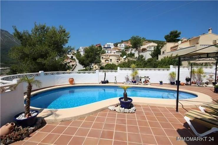 Bild 4: Gemütliche Villa in sonniger Lage mit Pool, Carport und schönem Panoramablick
