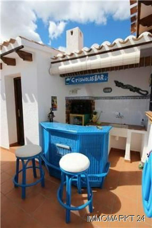 Bild 4: Neuwertige Luxusvilla mit 2 Wohneinheiten, Pool und Meerblick in ruhiger Lage am Monte Peg...
