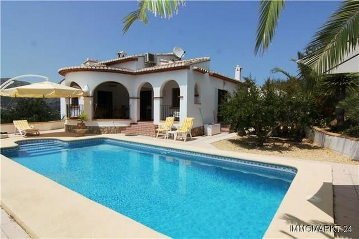 Bild 2: Schöne Villa mit Garten, Pool und herrlichem Blick auf die Berge