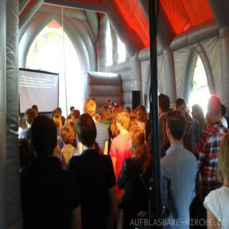 Aufblasbare-Kirche Mieten