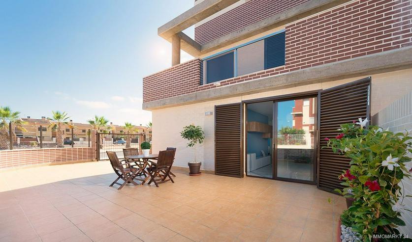 Bild 2: Moderne Erdgeschoss-Wohnungen mit 2 Schlafzimmern und Gemeinschaftspool
