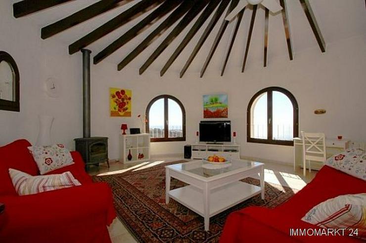 Bild 2: Attraktive Villa mit Pool und Meerblick am Cumbre del Sol
