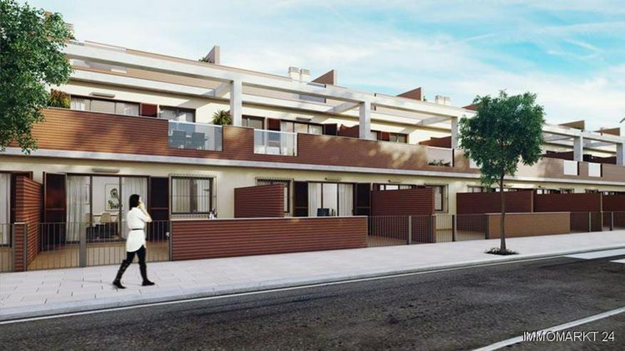 Bild 4: Moderne Maisonette-Wohnungen mit 2 Schlafzimmern und Gemeinschaftspool