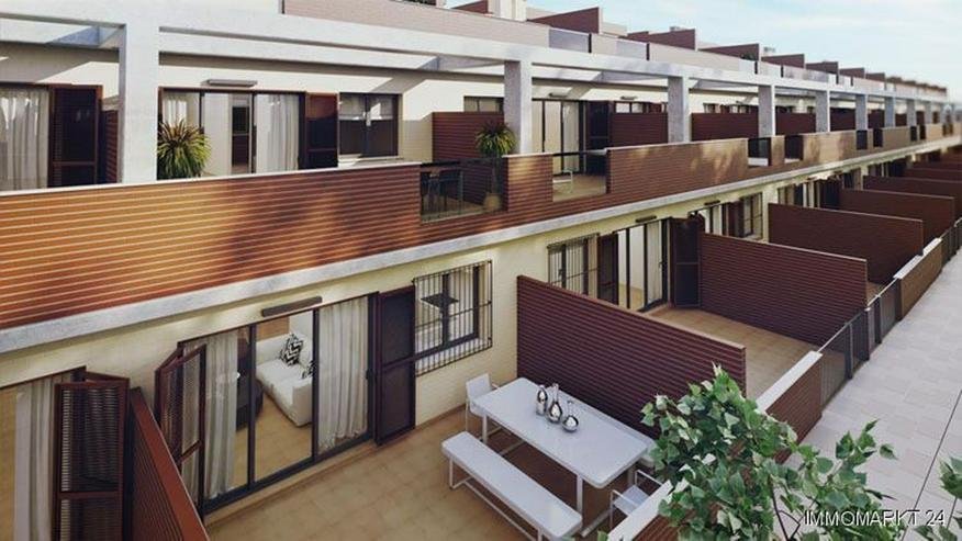 Bild 2: Moderne Maisonette-Wohnungen mit 2 Schlafzimmern und Gemeinschaftspool