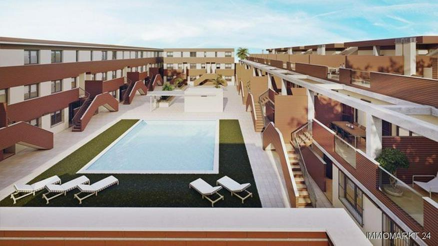 Moderne Maisonette-Wohnungen mit 2 Schlafzimmern und Gemeinschaftspool - Bild 1