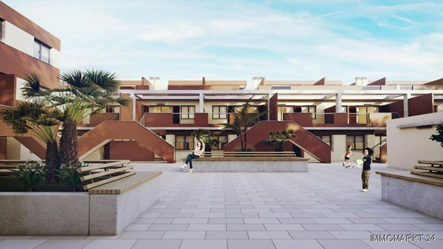 Bild 3: Moderne Maisonette-Wohnungen mit 2 Schlafzimmern und Gemeinschaftspool