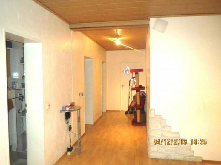 Bild 4: **Schöne 4-Zi.-Whg. mit eigenem Eingang, Loggia & Garage in Leichlingen**