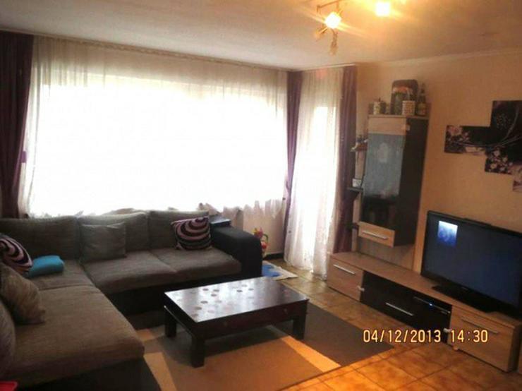 **Schöne 4-Zi.-Whg. mit eigenem Eingang, Loggia & Garage in Leichlingen** - Wohnung kaufen - Bild 1