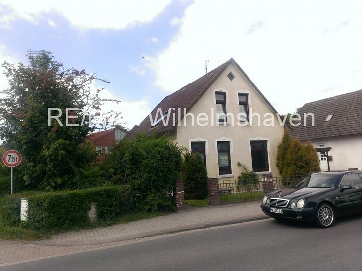 Bild 2: RE/MAX Wilhelmshaven: Einfamilienhaus in zentraler Lage in Varel