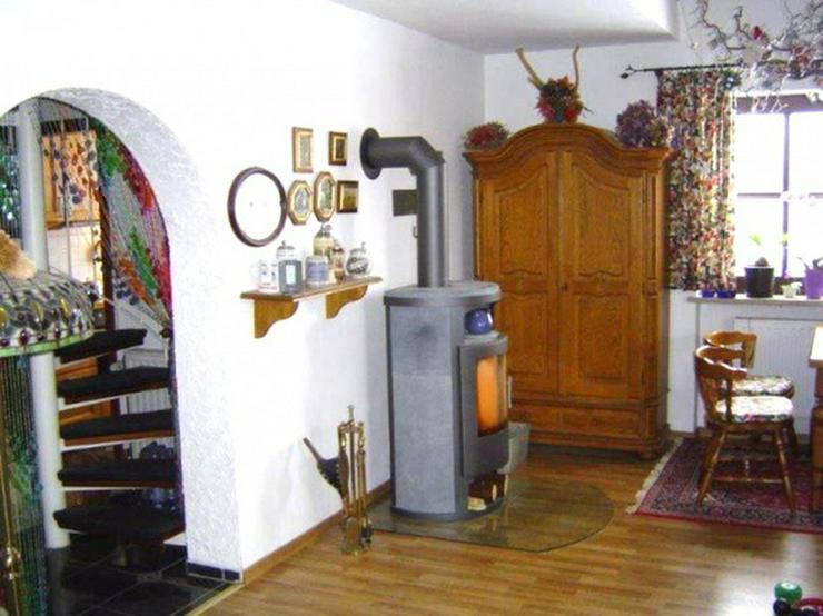 Bild 3: **Schöne&Elegante 3,5 Zi.-Mais.-Whg. mit Garage&EBK in Köditz**
