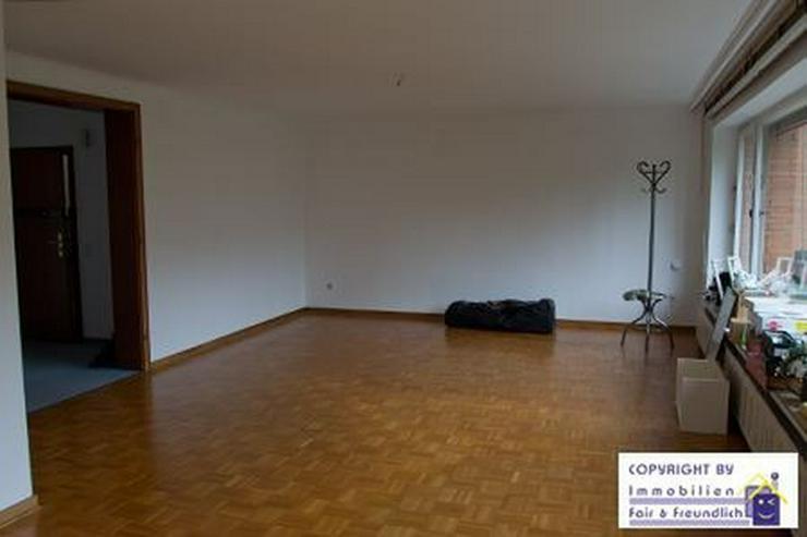 Bild 3: *GROSS!- 2-Zimmer- Refugium mit Sonnenbalkon, schönem Bad und riesigem Wohnzimmer, D-Mör...
