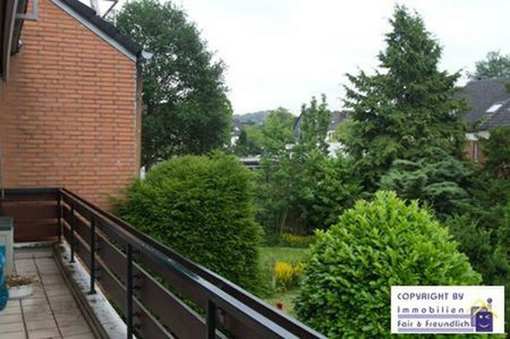 *GROSS!- 2-Zimmer- Refugium mit Sonnenbalkon, schönem Bad und riesigem Wohnzimmer, D-Mör... - Wohnung mieten - Bild 1