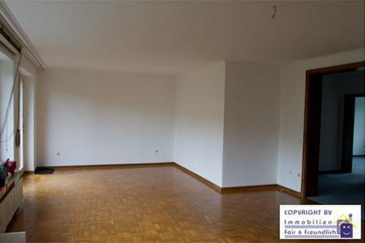 Bild 2: *GROSS!- 2-Zimmer- Refugium mit Sonnenbalkon, schönem Bad und riesigem Wohnzimmer, D-Mör...