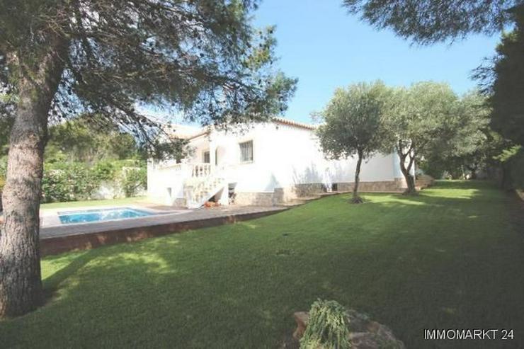 Bild 6: Gepflegte Villa mit großzügigem Garten, Carport, Pool und schönem Blick auf den Montgo