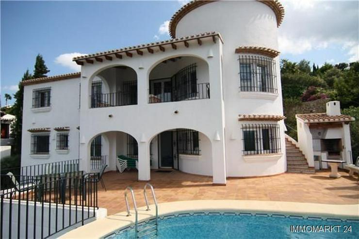 Äußerst großzügige und gepflegte Villa mit Meerblick am Monte Pego - Haus kaufen - Bild 1