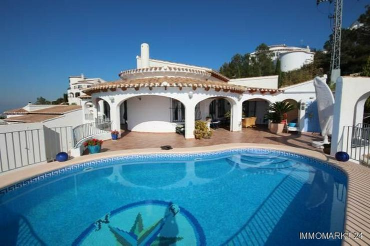 moderne villa in sonniger aussichtslage mit carport pool und bbq in pego spanien auf. Black Bedroom Furniture Sets. Home Design Ideas